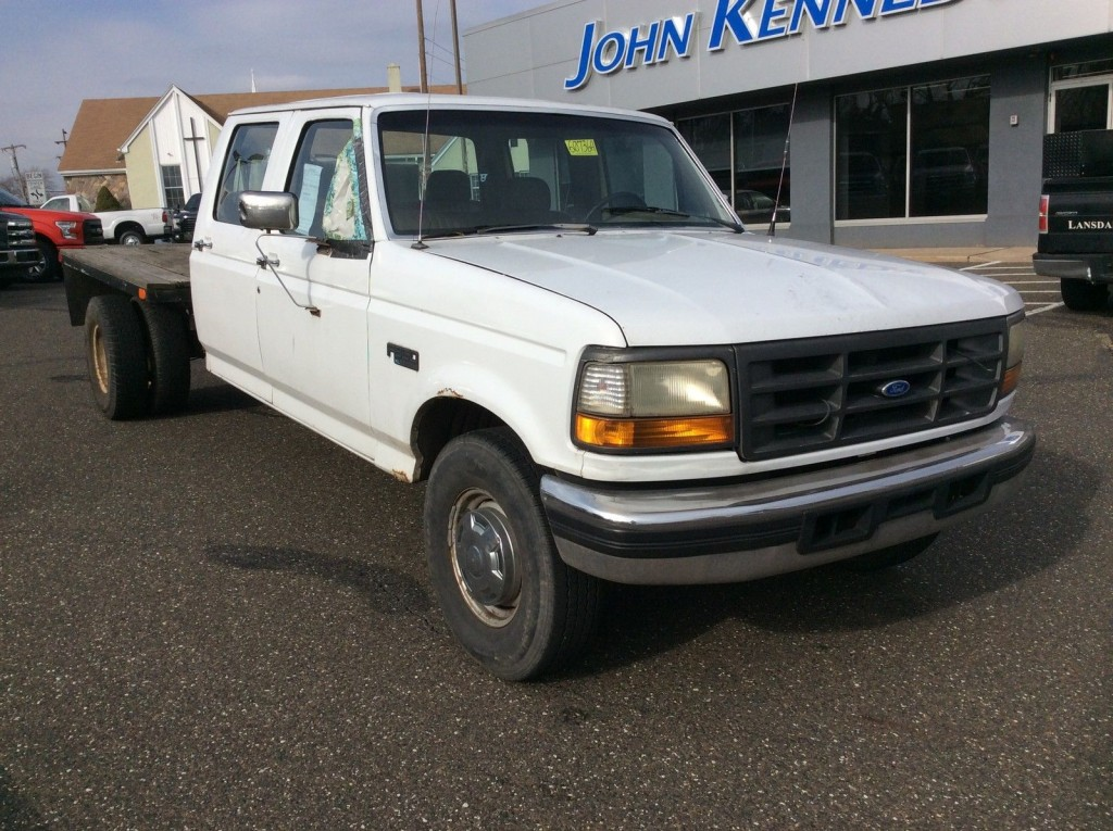 1993 ford f 350 idi diesel dually tow haul flatbed landscape work for sale. Black Bedroom Furniture Sets. Home Design Ideas