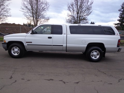 2001 Dodge Ram 2500 Base Extended Cab Pickup 5.9L for sale