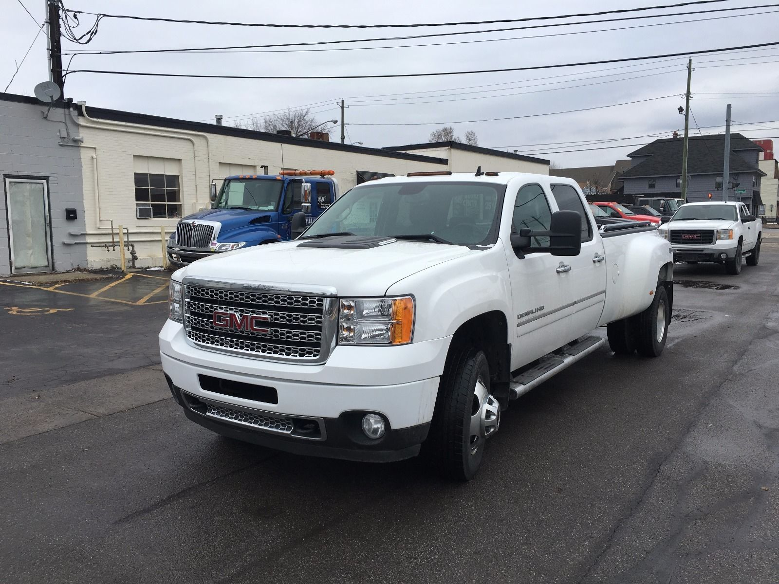 2013 gmc sierra denali 3500 4 4 crew cab dually diesel for sale. Black Bedroom Furniture Sets. Home Design Ideas