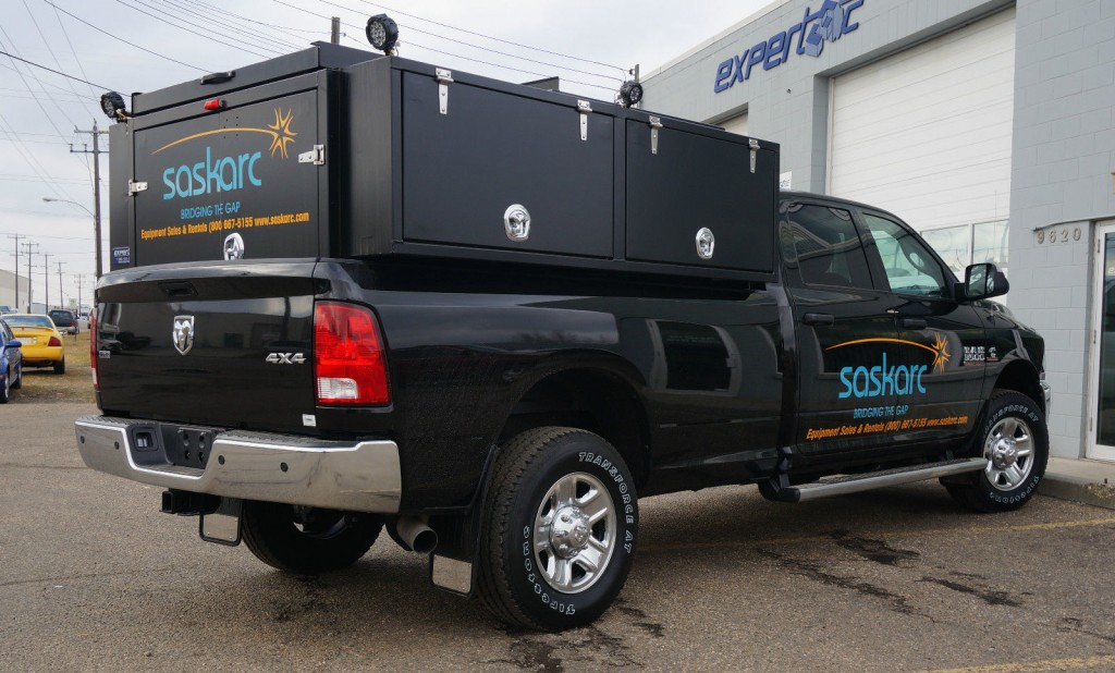 2014 ram 3500 slt cab chassis 4 door 6 7l for sale. Black Bedroom Furniture Sets. Home Design Ideas