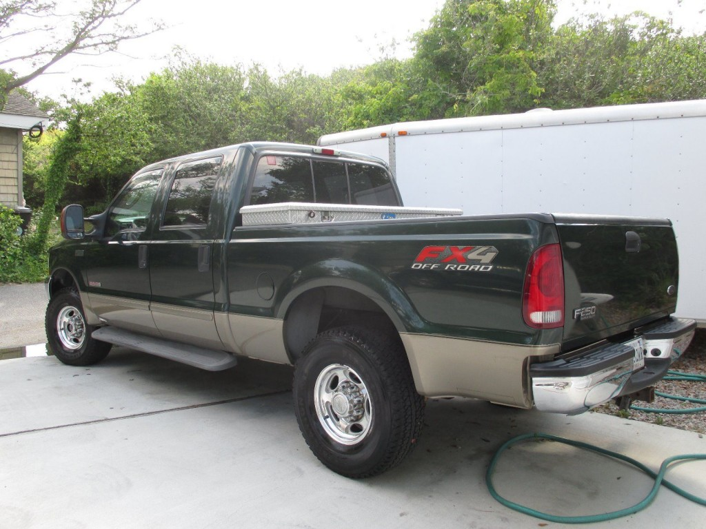 2003 ford f250 green 4 x 4 turbo diesel