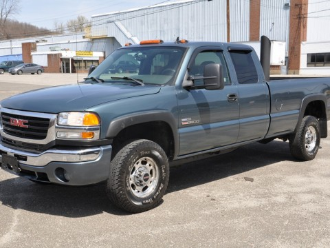 2006 GMC Sierra 3500hd 4×4 Extended Cab for sale
