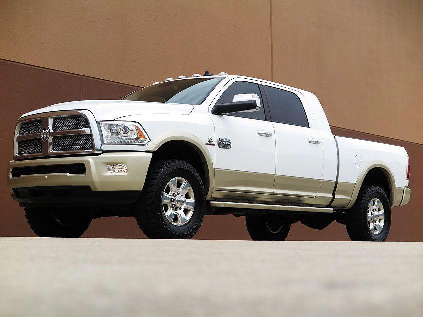 2013 Dodge Ram 3500 Laramie Longhorn Megacab 4 215 4 6 7l